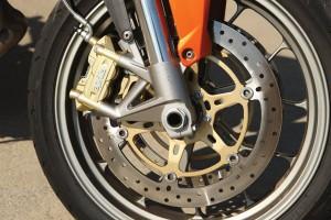 Aprilia Shiver front wheel